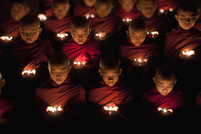 Image © Scott Stulberg - Monks praying in Yangon, Burma