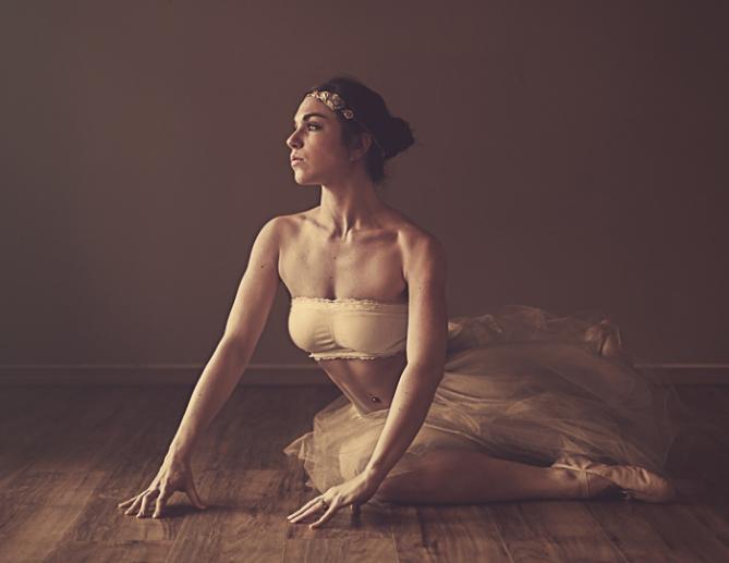April Milani Dancer Alien Skin