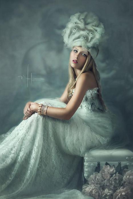 Nikki Harrison - Alien Skin - POTM Feb