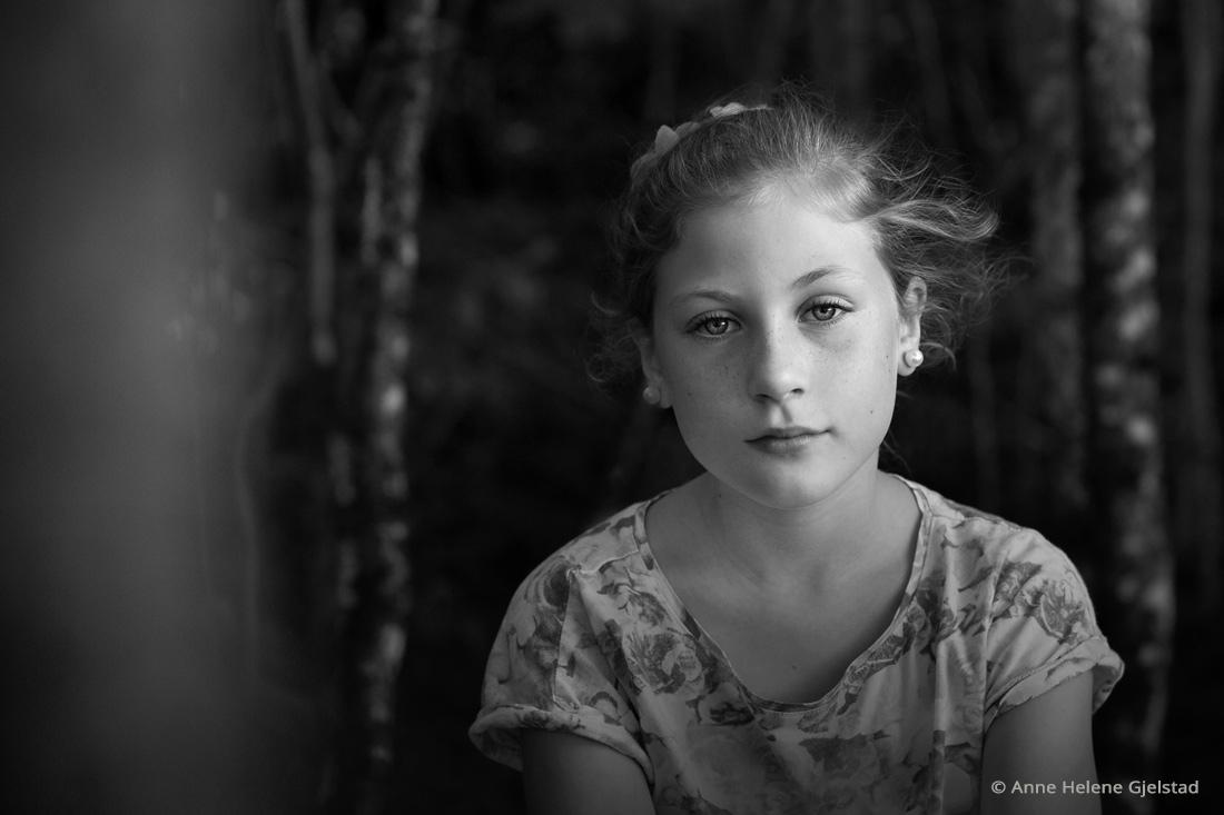 Family portrait by Anne Helene Gjelstad | Exposure X2 family photo editor